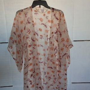 LC Long Floral Kimono Size M oversized for sure!
